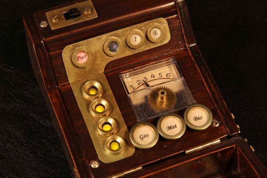 steampunk-star-trek-tricorder-phaser