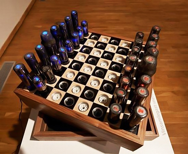 High Tech Chessboard For The Ultimate Gadget Geek