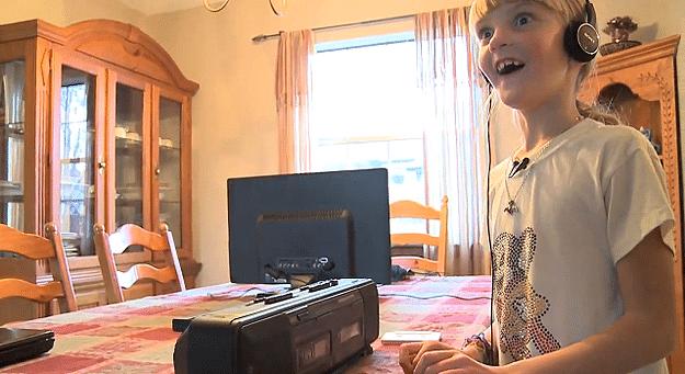 Kids Today vs. 1980s Retro Technology [Video]