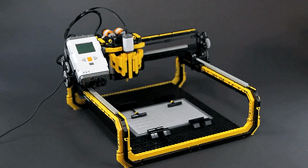 LEGO 3D Milling Machine Prints With Incredible Accuracy & Results