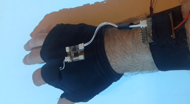 Guy Builds Latency-Free Gesture Controlled Wearable Mouse