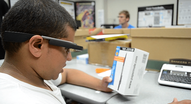 OpenGlass Heads Up Display Makes Blind People See