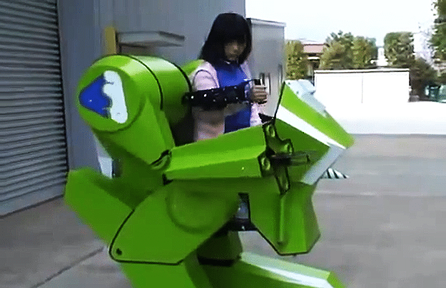 $20,000 Personal Walker Robot Toy For Kids Will Annihilate Bullies