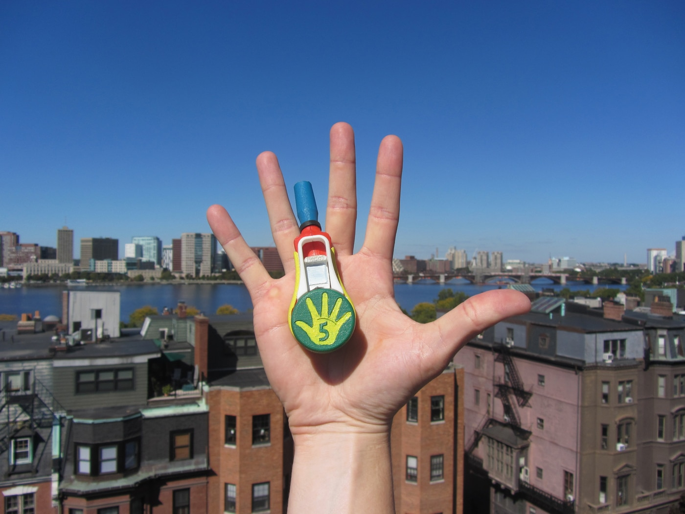 high-five-fiesta-confetti
