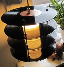 recycled-vinyl-records-lamp