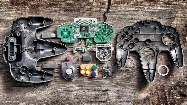 18 Deconstructed Controllers