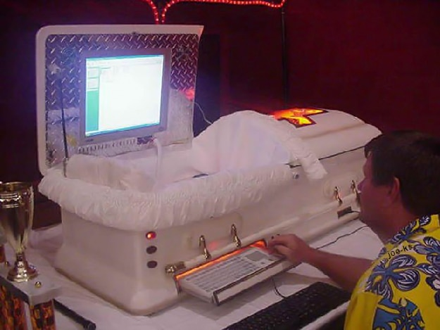 Coffin Computer Case-Mod