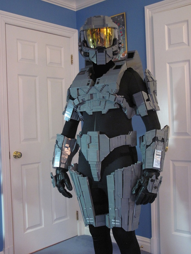Guy Builds A Whole Master Chief Costume Entirely Out Of LEGO