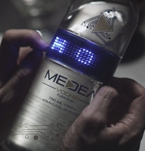 Medea's LED Bottle Can Be Reprogrammed To Fit The Evening