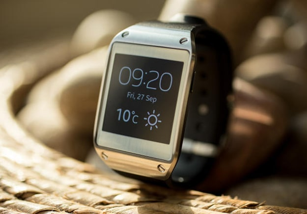 Samsung Announces 800,000 Galaxy Gear Smartwatches Shipped