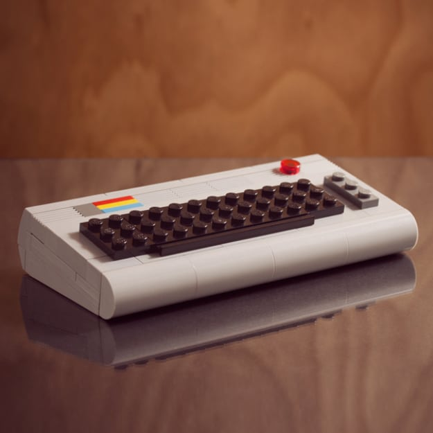 11 Ultra-Realistic Miniature LEGO Builds Of Classic Gadgets