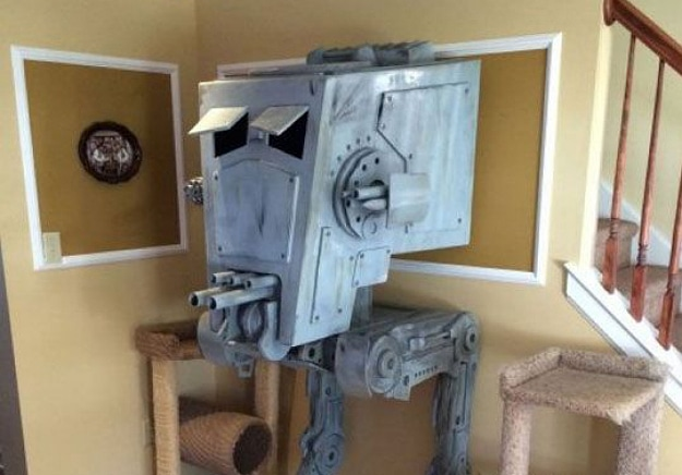 AT ST Star Wars Cat House