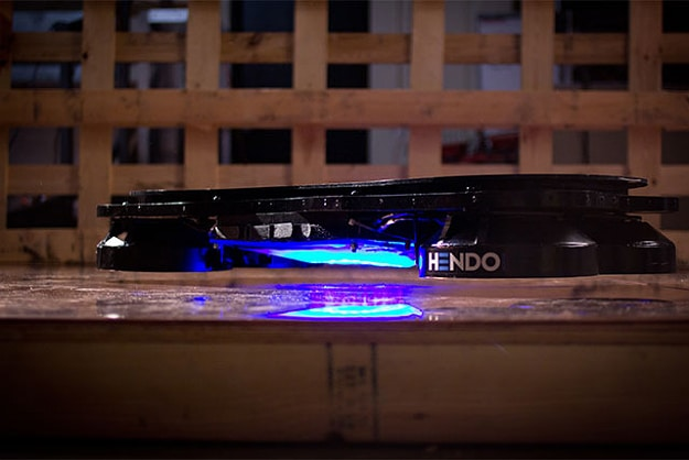 World's First Fully Functional Hoverboard Is Finally Here!