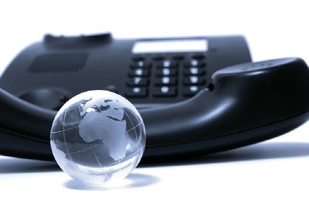 How To Enhance Your Business With VoIP Services
