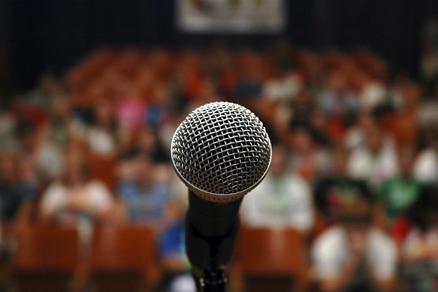 4 Tips On How To Use Video To Liven Up Your Presentations