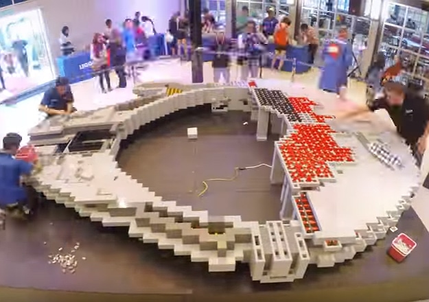 LEGO Millennium Falcon Build