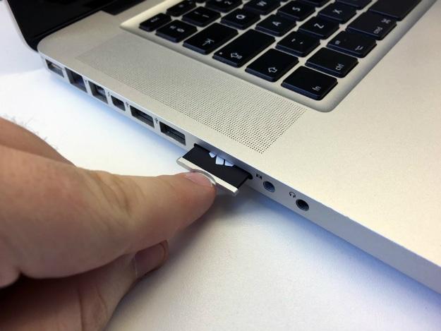 Nifty MiniDrive MacBook MicroSD Card