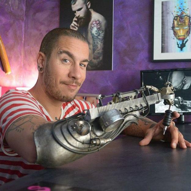 Prosthetic Arm Tattoo Machine