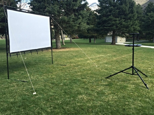 Portable Movie Screen Mount