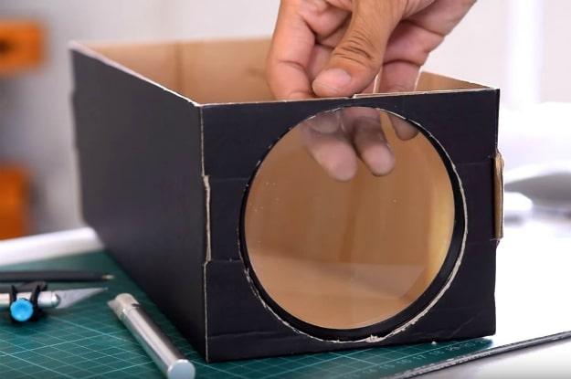 DIY Smartphone Projector Shoebox