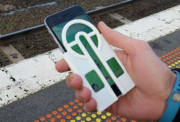 Pokémon GO iPhone Case Allows For Perfect Pokéball Throws