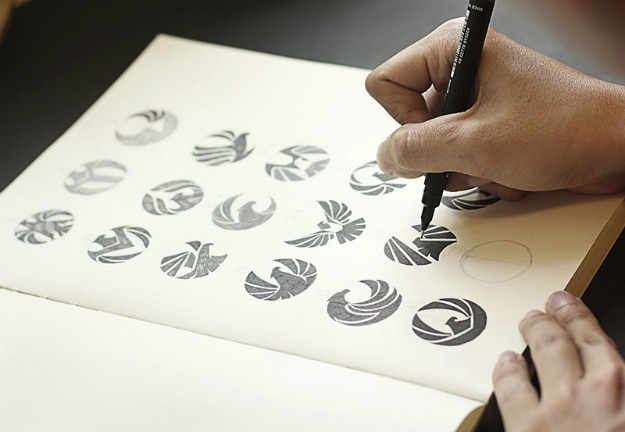 7 Professional Logo Design Tips For Business Owners [Infographic]