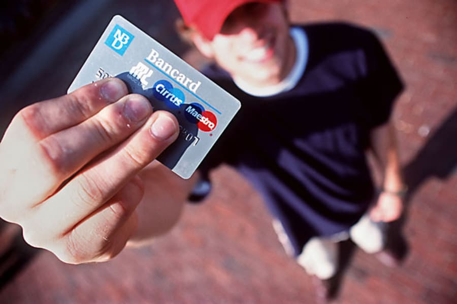 College And Credit Cards – Combine Them And Save