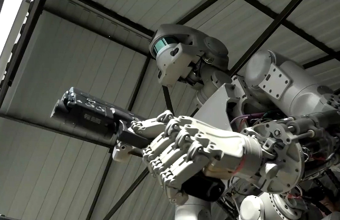 This Gun-Wielding Russian Robot Could Start The Terminator Apocalypse