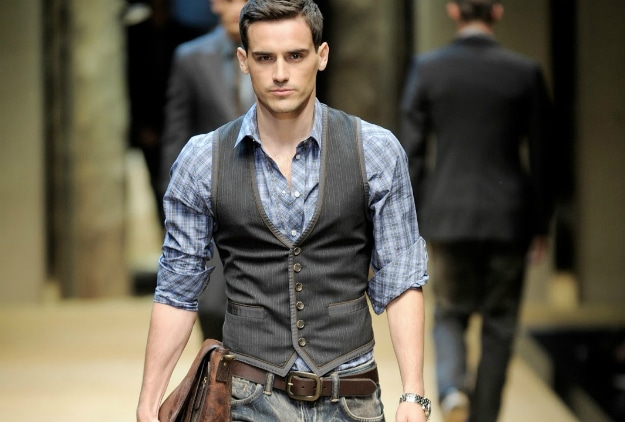 How Men Can Dress Professionally Without Looking Boring