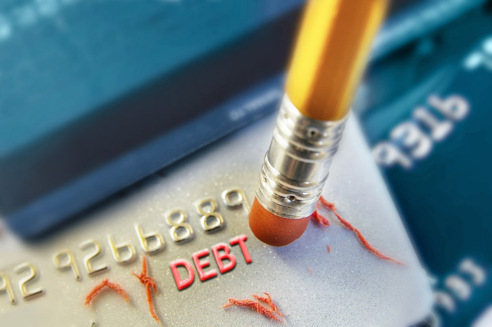 5 Tips On How To Avoid Too Much Credit Card Debt