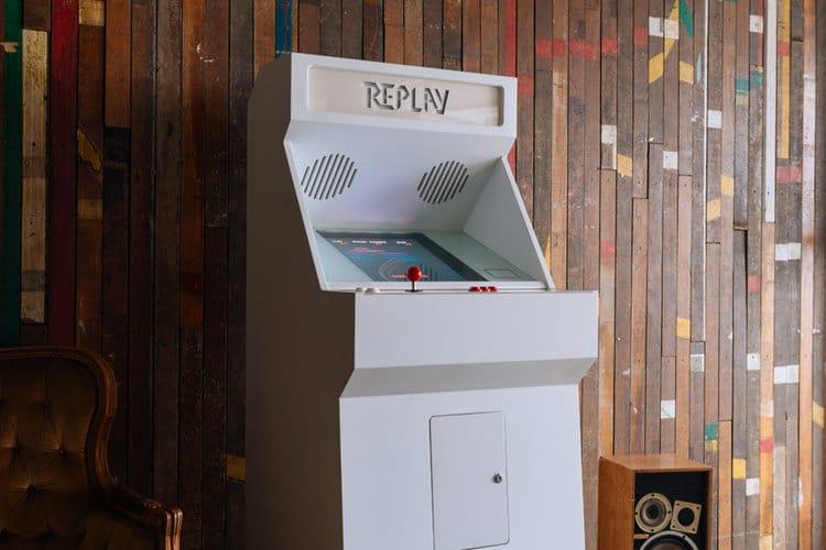 STOA Replay Customized Arcade Cabinet White Small