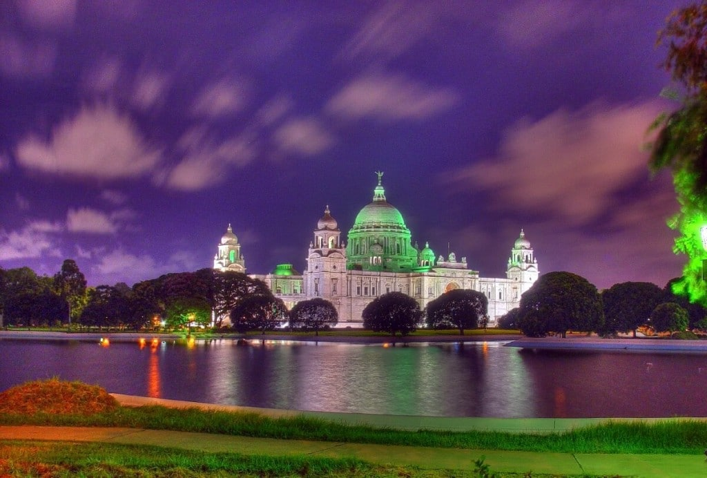 Tourist Places Visit Kolkata Header Image