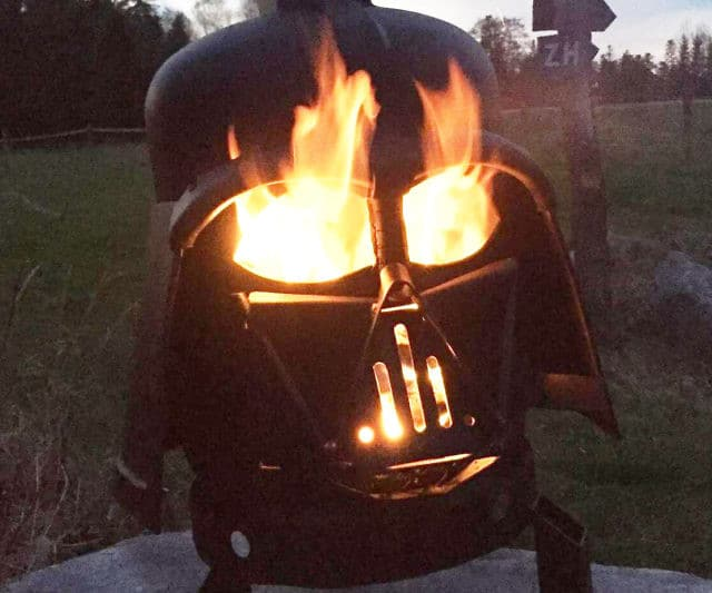 This Darth Vader Grill Can Add A Spark To Any Barbecue Party