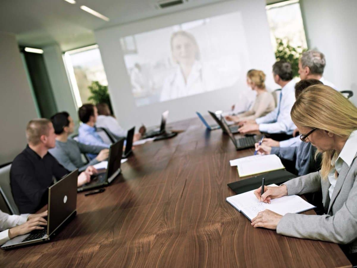 The Winner's Guide To Effective Online Meeting Etiquette