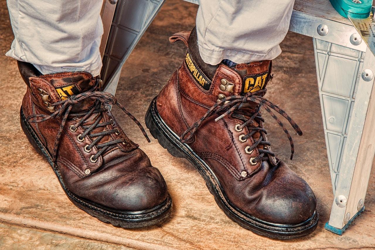 8 Tips Floor Worker Header Image