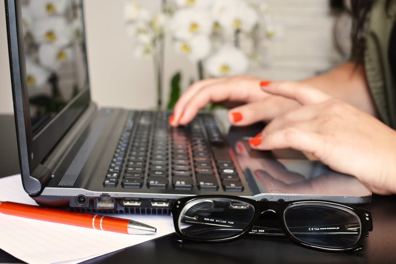 Professional Writing Tips Article Image