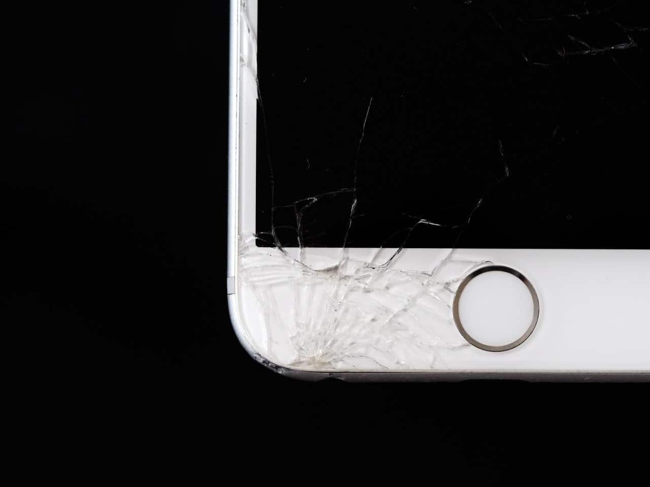 Unfixable iPhone Damage Article Image