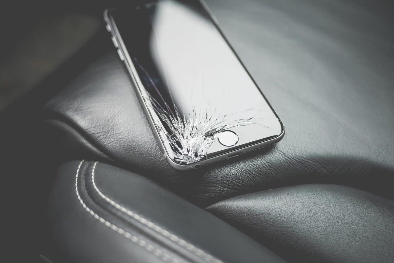 Unfixable iPhone Damage Header Image