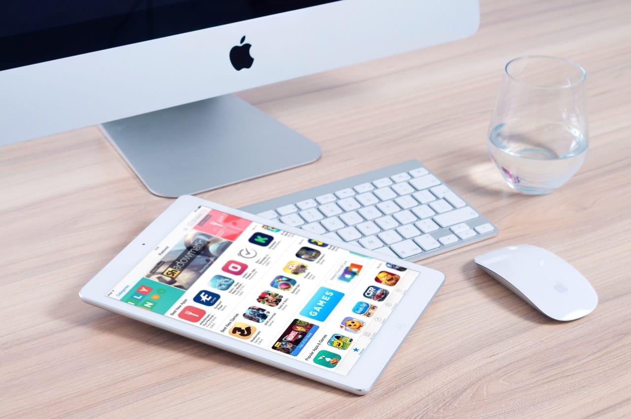 Five-Star App Review Tips Header Image