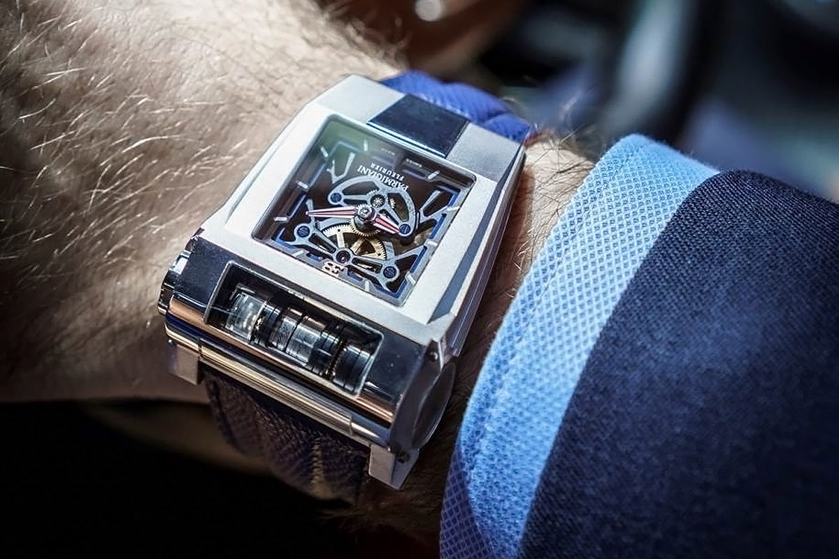 How Luxury Watches Are Competing In The Era Of Smart Technology