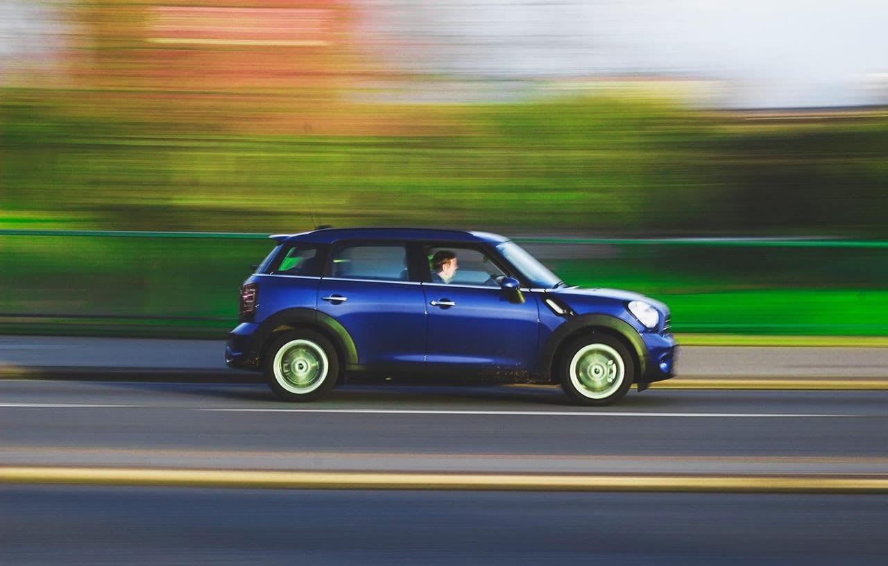 Top Tips Avoid Speeding Ticket Article Image