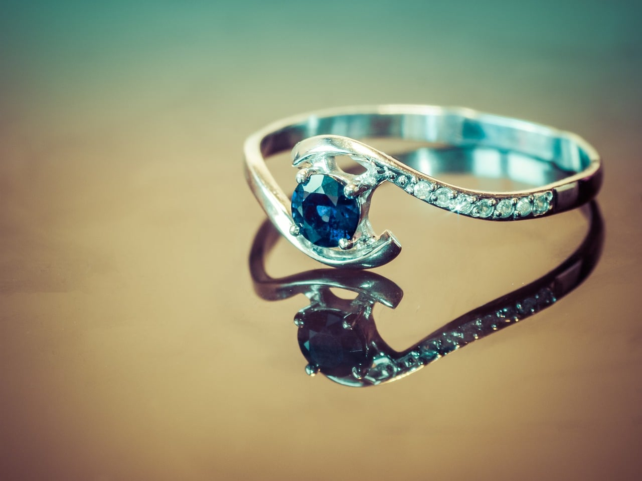 5 Tips For Buying The Right Sapphire Gemstone