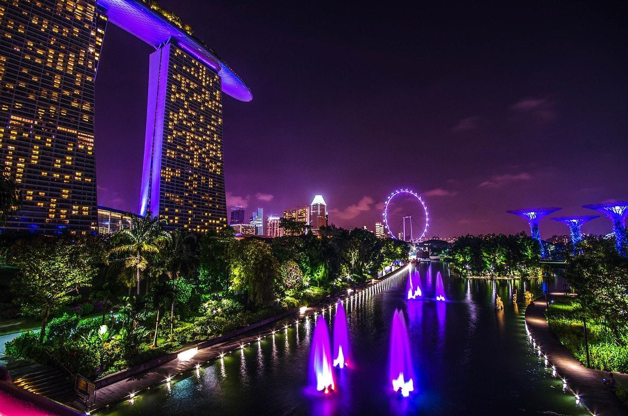 10 Reasons Moving Singapore Article Image