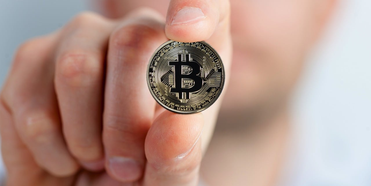 Financial Institutions Cryptocurrency Article Image
