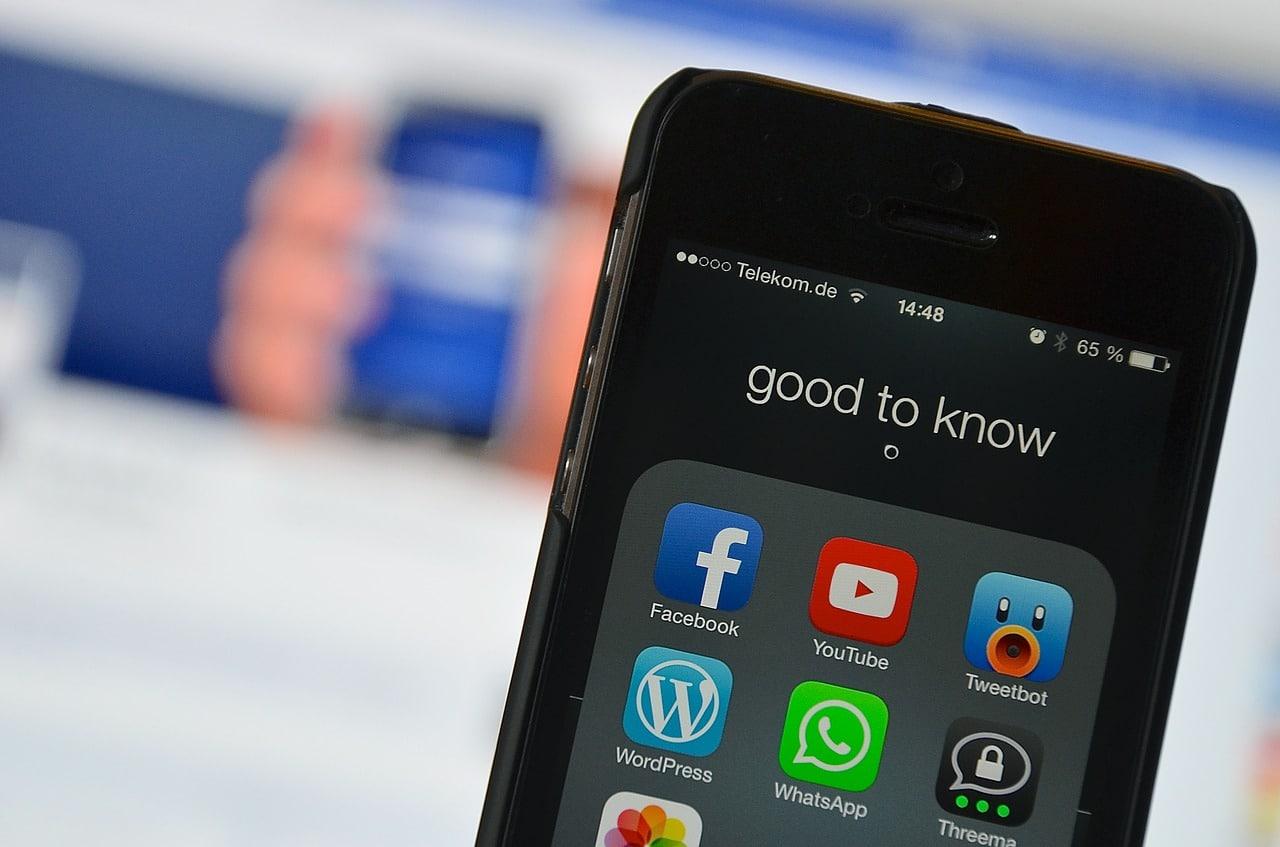Social Listening Tips Header Image