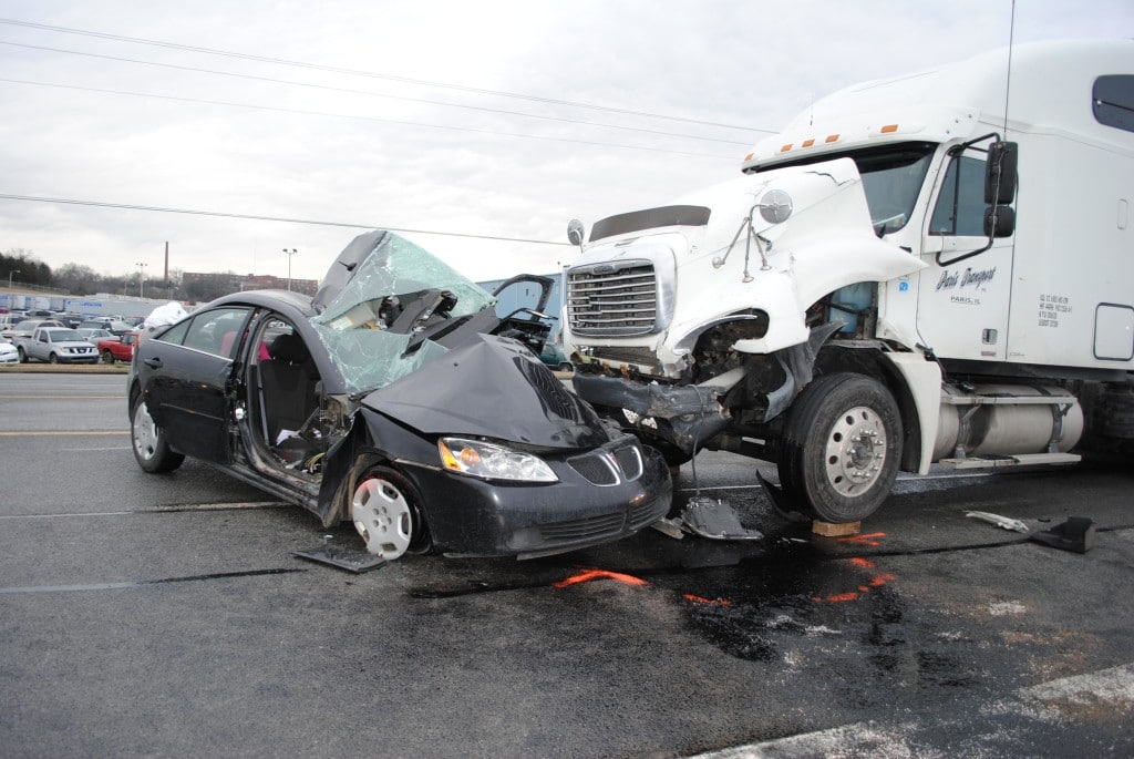 What To Do If You're In A Truck Accident