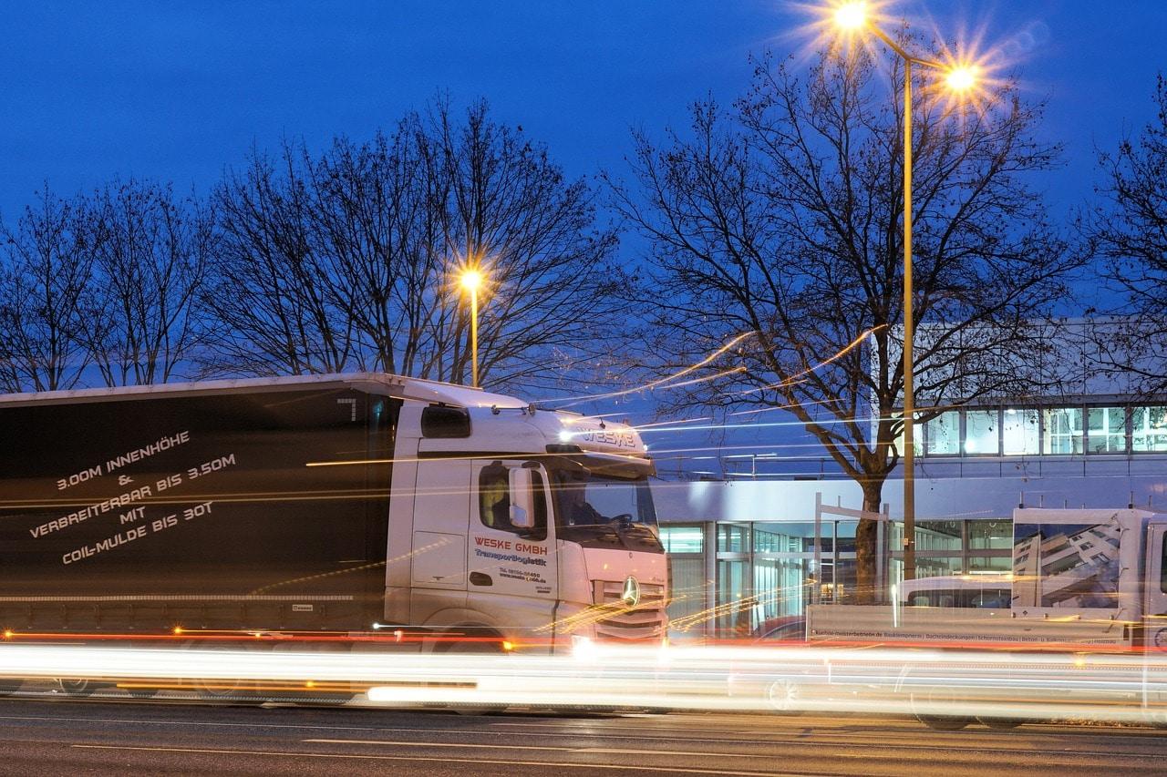 5 Ways Logistics Experts Header Image