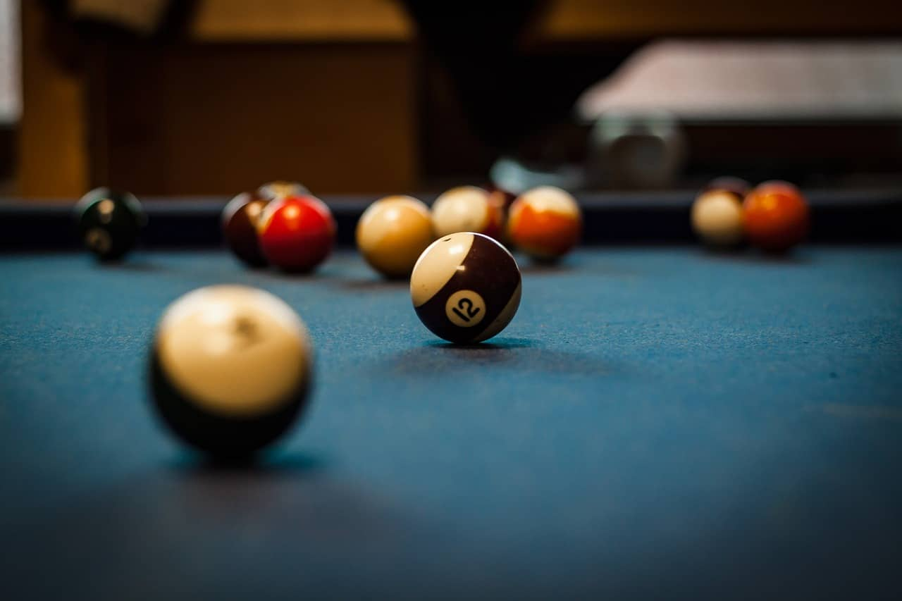 House Pool Table Header Image