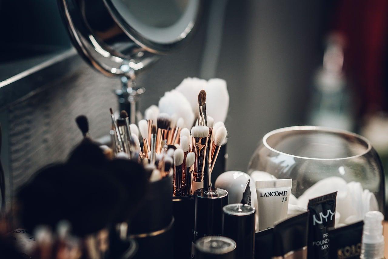 Technology Transforming Beauty Header Image