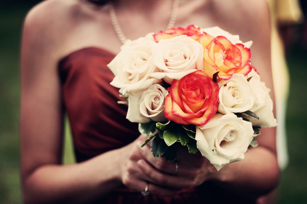 Bridesmaid Expectations Tips Header Image